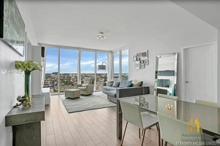 Condo is located in the beautiful and boutique Ten Museum Park